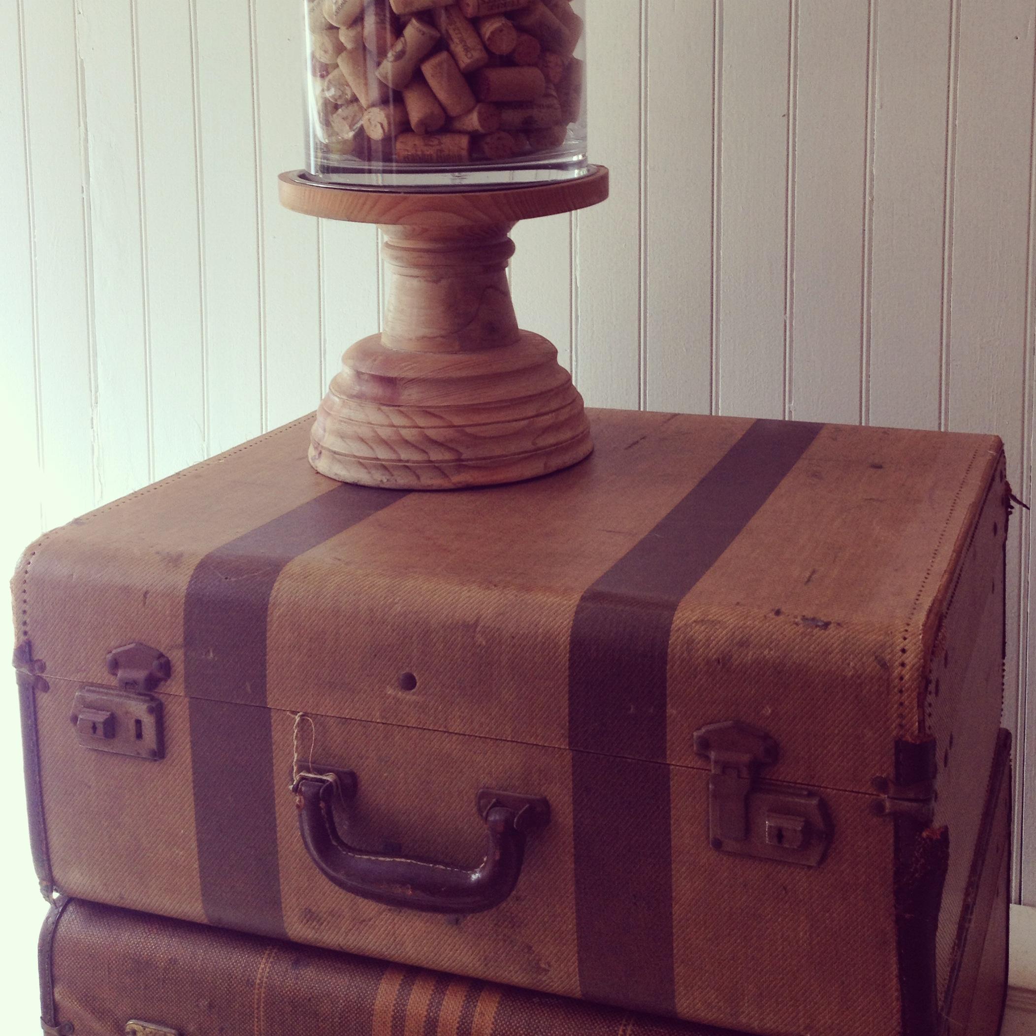 {Carola Tan Suitcase}