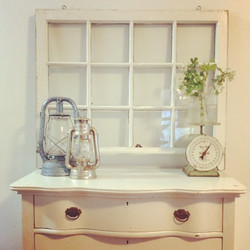 {12-paned Window Frame - front}