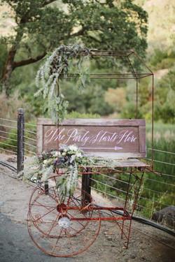 {Annabella Flower Cart}