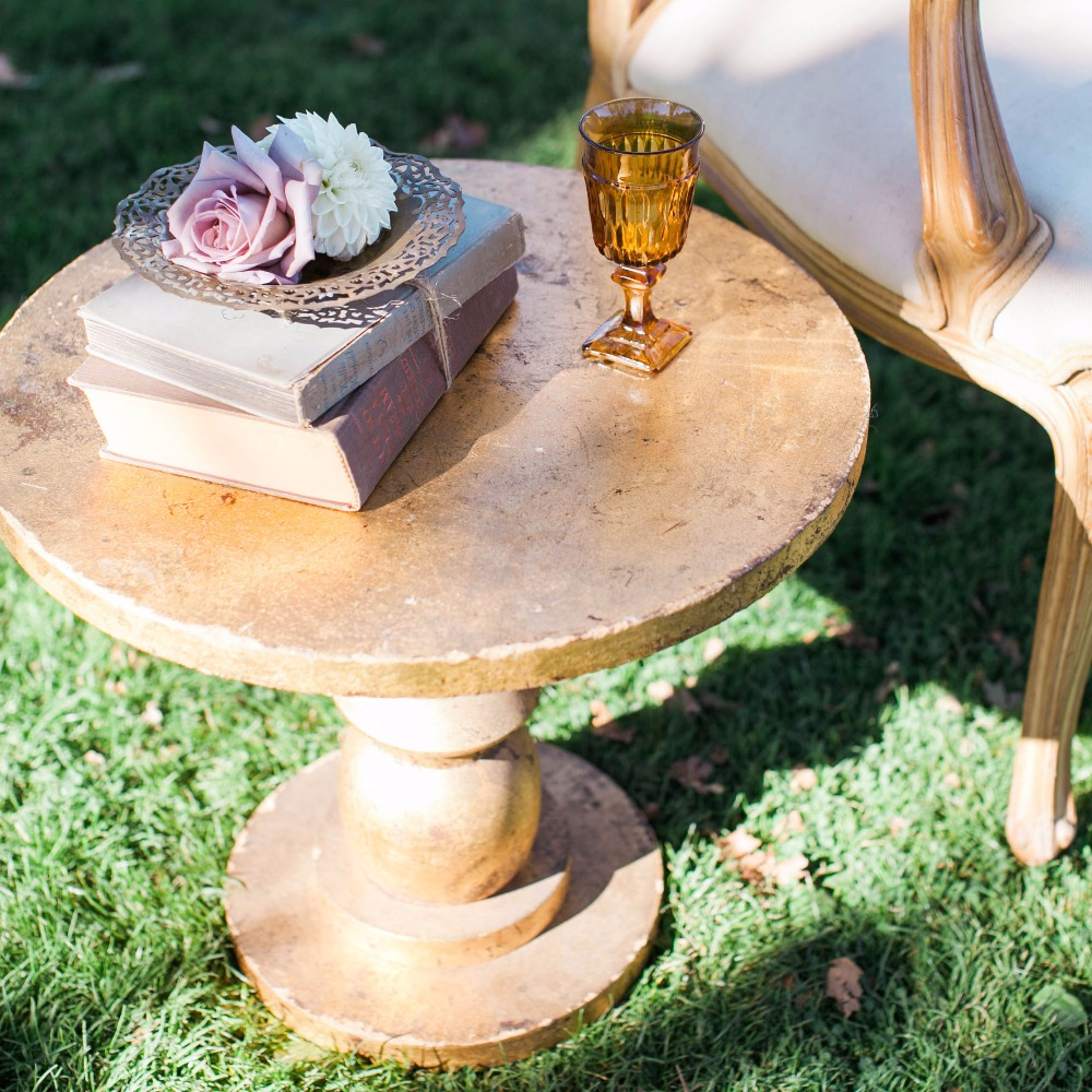 {Goldie Pedestal Table}