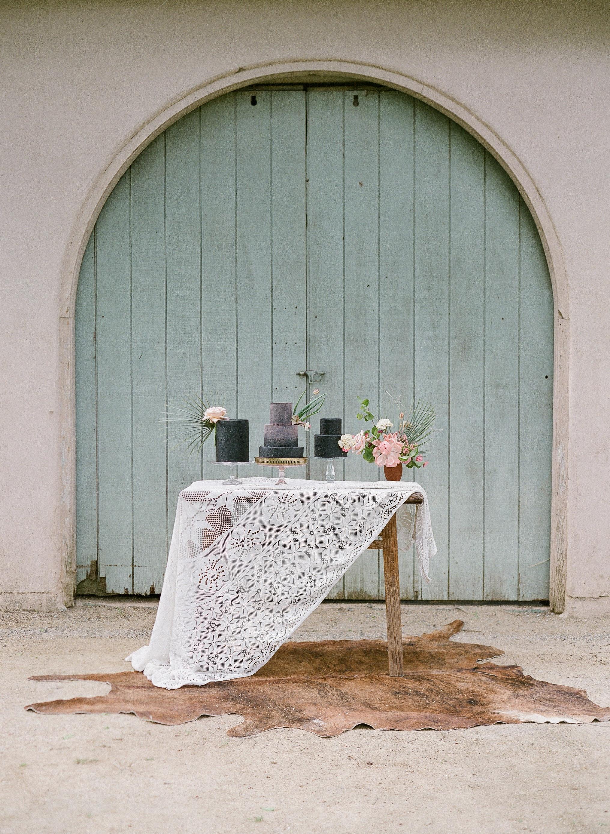 {Muir Pine Table}