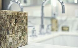 #detail #socal #nikon #decor #style #contemporary #art #artgallery #luxurybath #bathroom #fixtures #