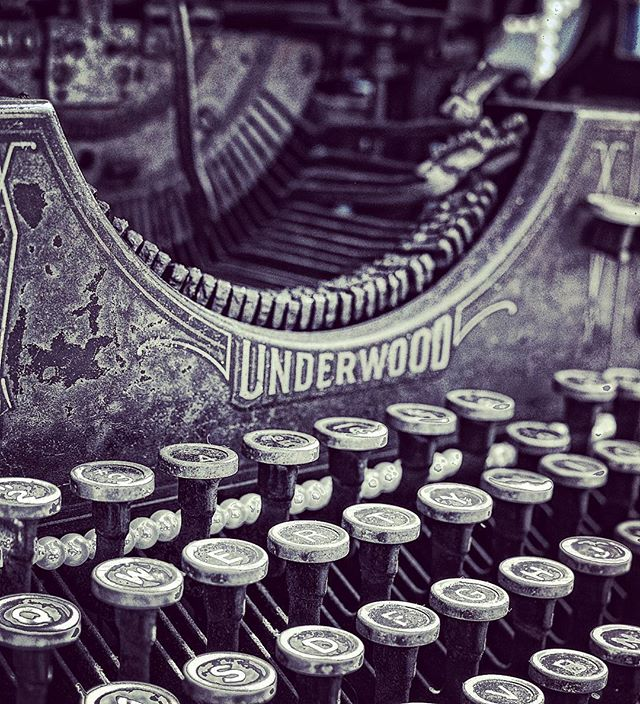 #detail #socal #nikon #typer #key #history #typingmachine #interiordesign #realestate #architectural
