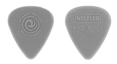 D'ADDARIO NYLFLEX GUITAR PICKS, MEDIUM