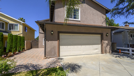 10721 Helendale AveTujunga, CA