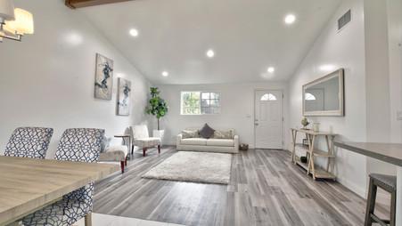 Sold. 4 bd 2 ba 1,400 sqft                   211 S Shipman Ave, La Puente, CA
