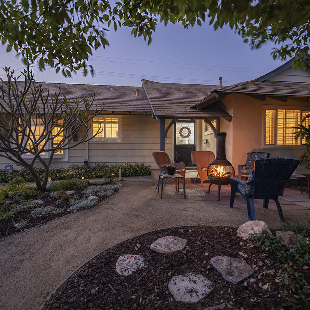 907 Dorothy Ln. Fullerton CA