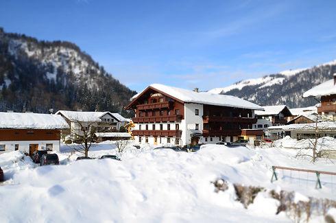 Sonnenhof_Walchsee_Winter.jpg