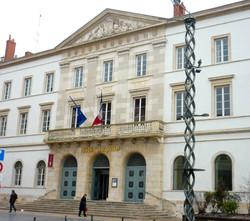 Hôtel de ville Chalon-sur-Saône  - Photographie de E Moreau pour Les Visites du Jeune Téméraire