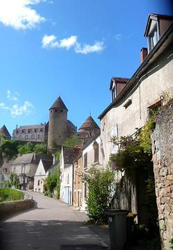 Semur-en-Auxois - Photographie de C Moreau pour Les Visites du Jeune Téméraire