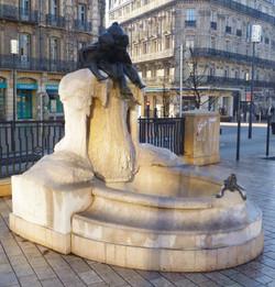 Fontaine Jeunesse Dijon - Photographie de E Moreau pour Les Visites du Jeune Téméraire