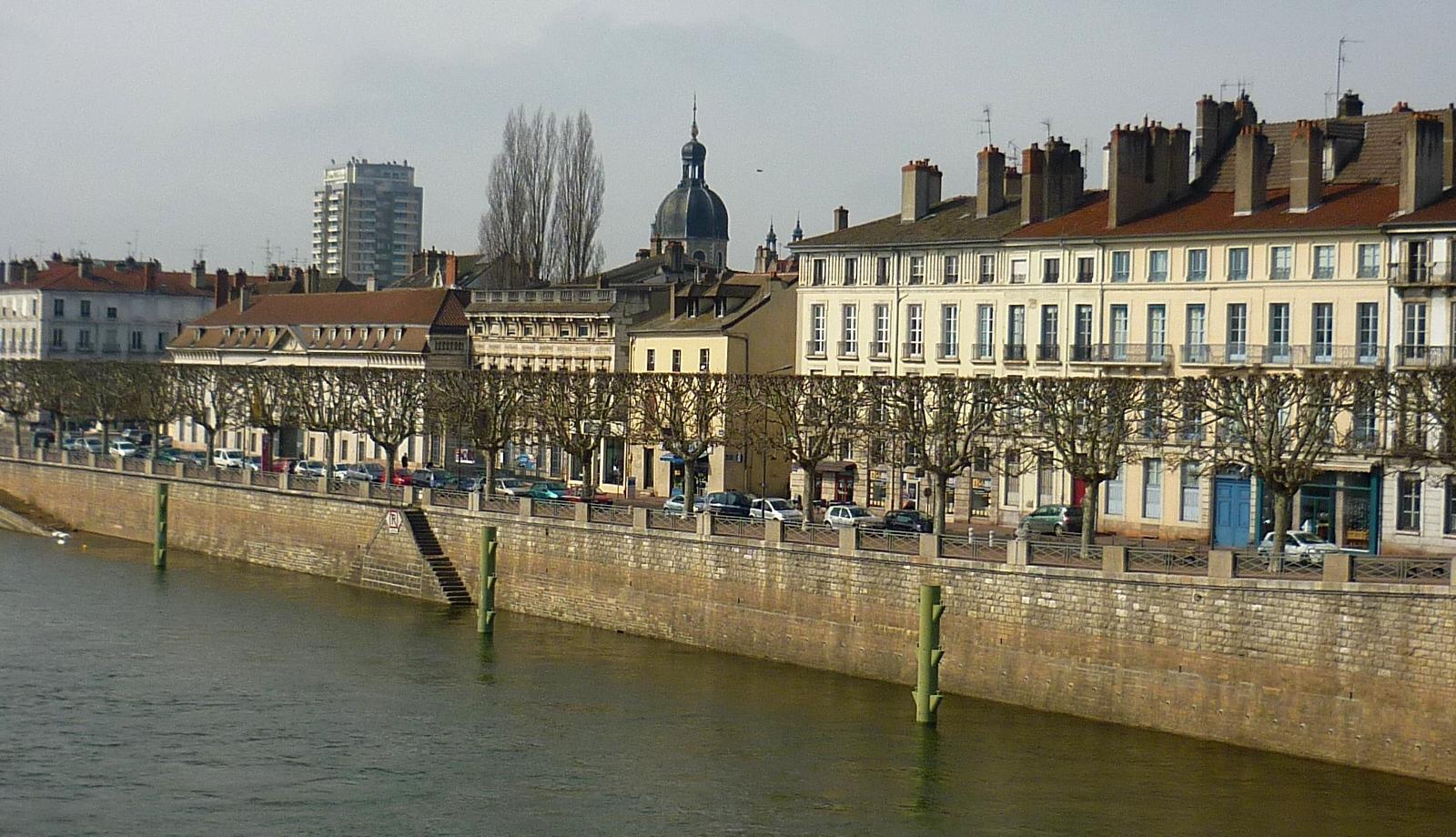 Quai Chalon-sur-Saône  - Photographie de E