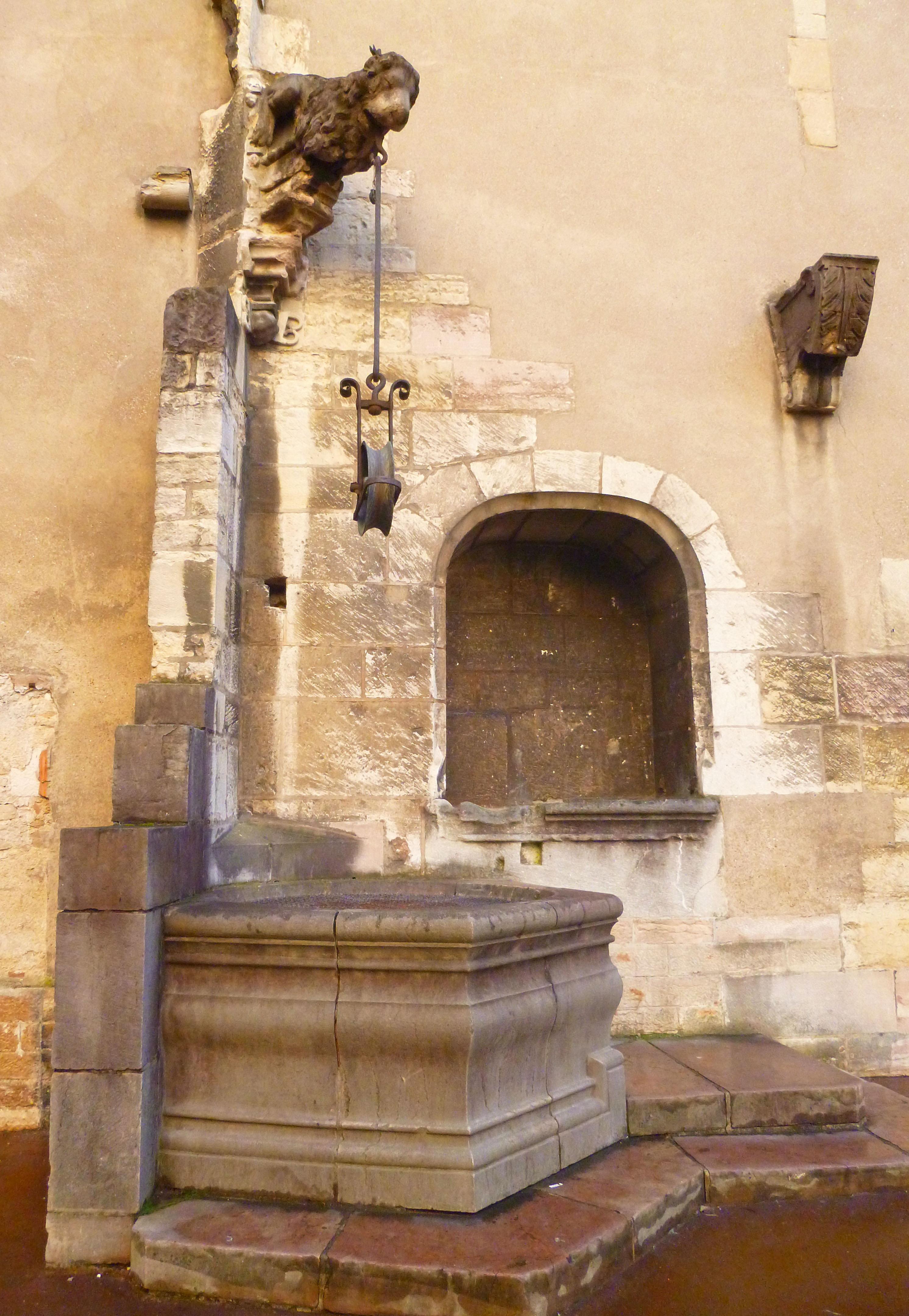 Puits Cuisines ducales Dijon - Photographie de E Moreau pour Les Visites du Jeune Téméraire