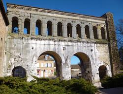 Porte St-André Autun - Photographie de E Moreau pour Les Visites du Jeune Téméraire