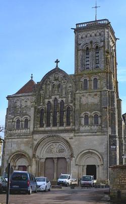 Sainte-Marie-Madeleine de Vézelay - façade - Photographie de E