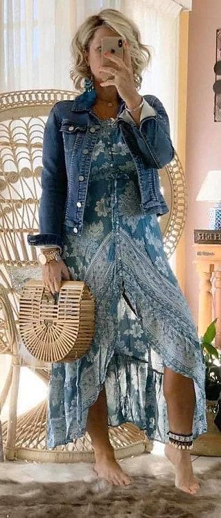 Raffa - Blue Bindi *****