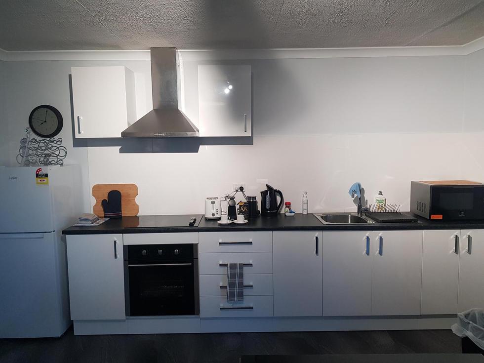 whole of kitchenette.jpg