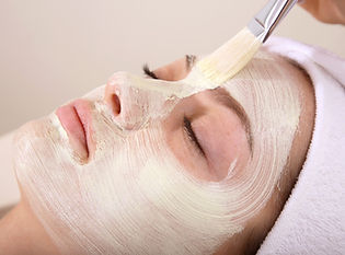 Facials & microdermabrasion by a beauty therapist and a beautician in a Moorooka beauty salon