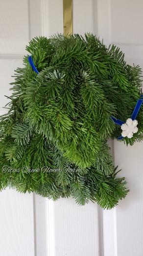Christmas Goat Wreath Tutorial