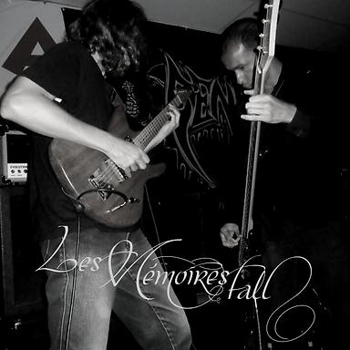 LES MEMOIRES FALL: Entrevista para el Blog Metal Psique!