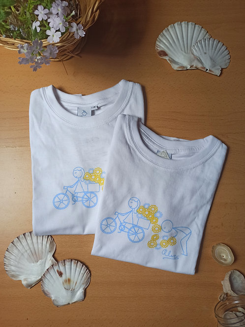 Camiseta dibujo azul y amarillo