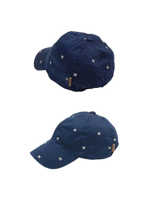 Gorra satinada azul marino con calaveras