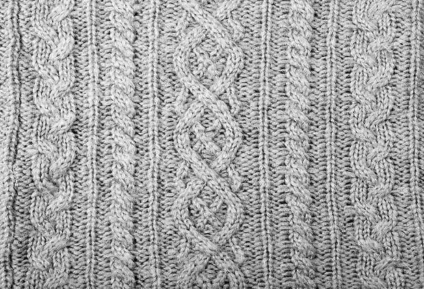 85433716-suéter-de-punto-tejido-gris.jpg
