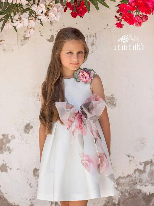Vestido con lazo de flores