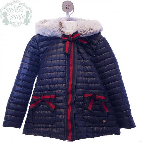 Abrigo marino con lazos y capucha