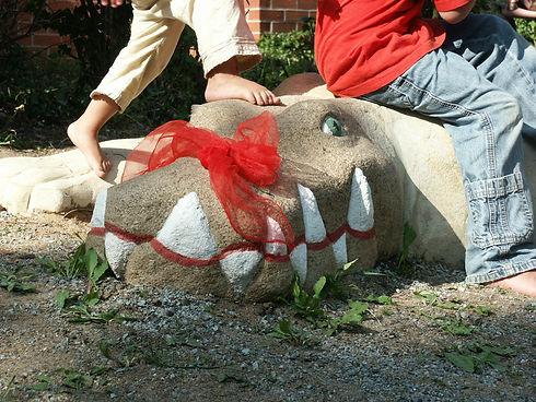 2005 St. Urban Krokodil aus Sandstein 6.