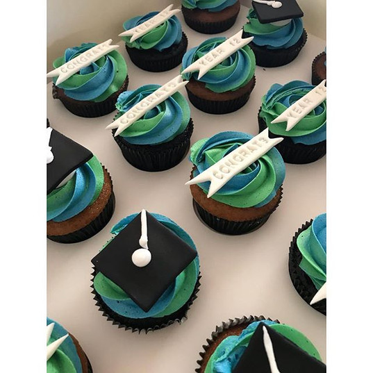 These final graduation cupcakes were mad