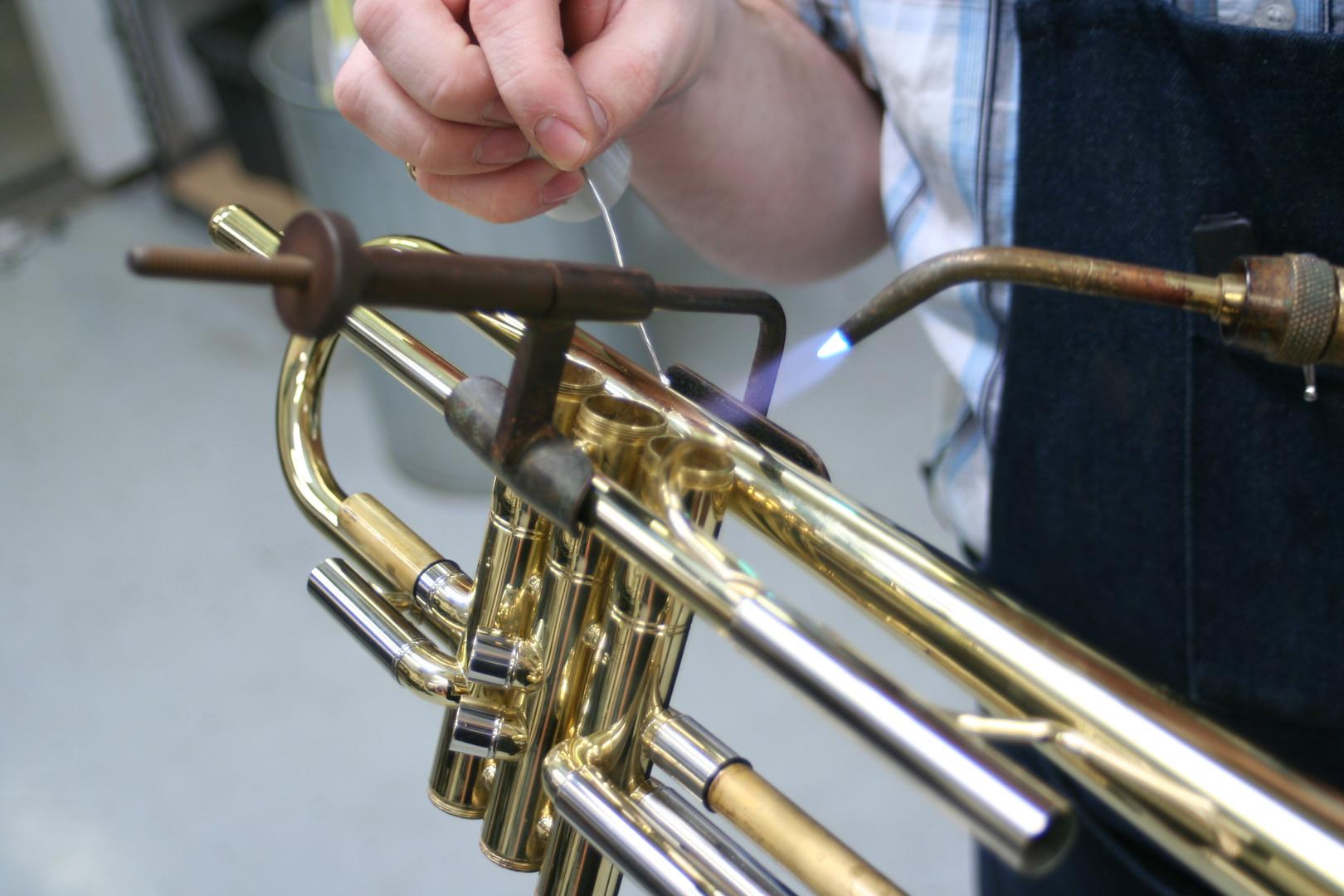horn repair.jpg
