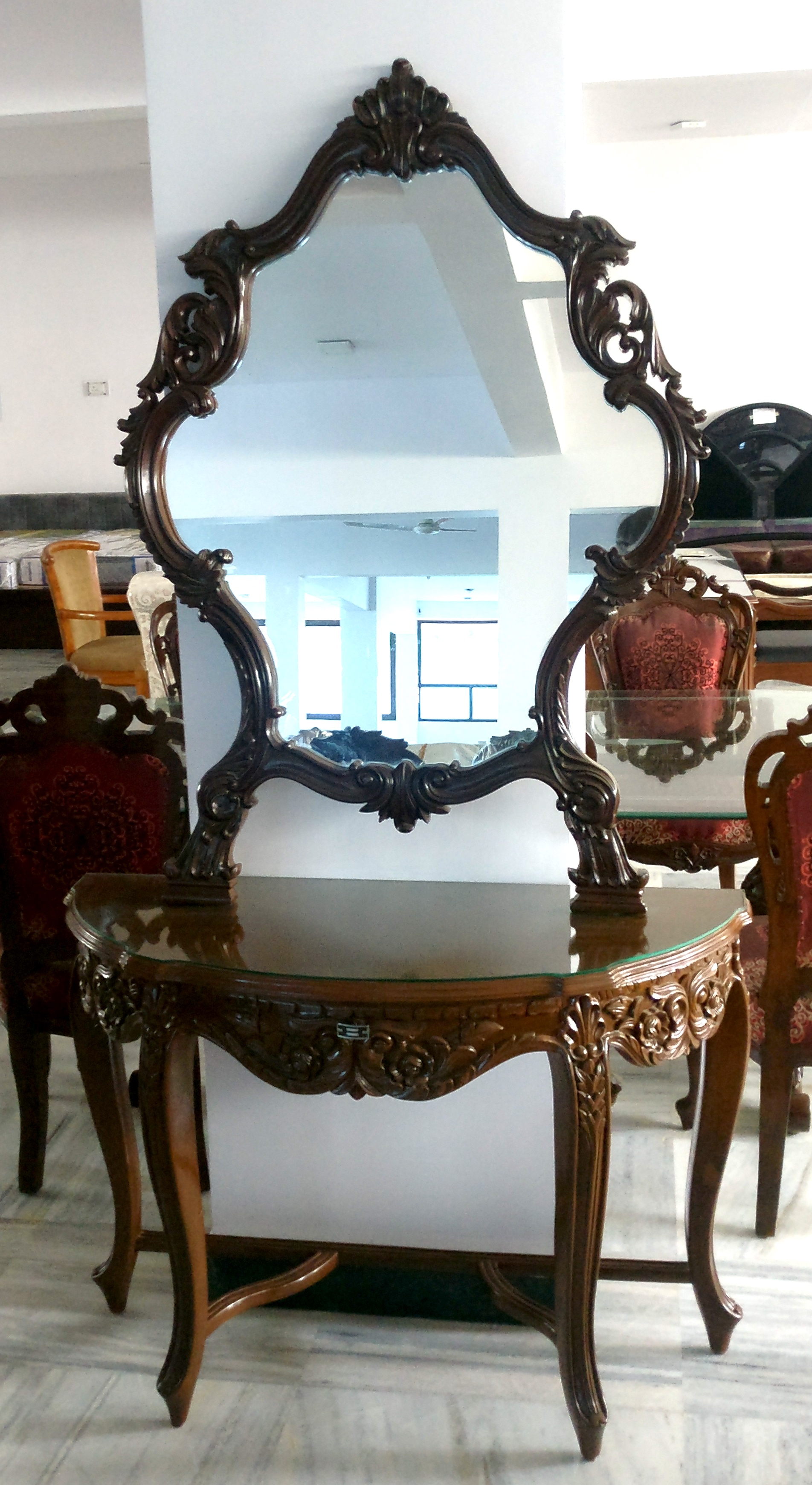 Mirror with Table
