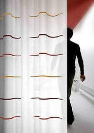 gardin i brandhæmmet trevira cs med mønster og farver efter kundens ønske