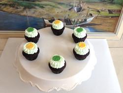 Chocolate Mint Mini Cupcakes