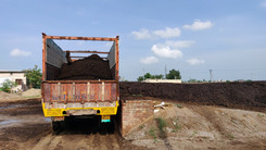 july month abohar khaad truck loading 03
