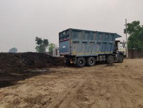 dry manure nov 18 11.jpg