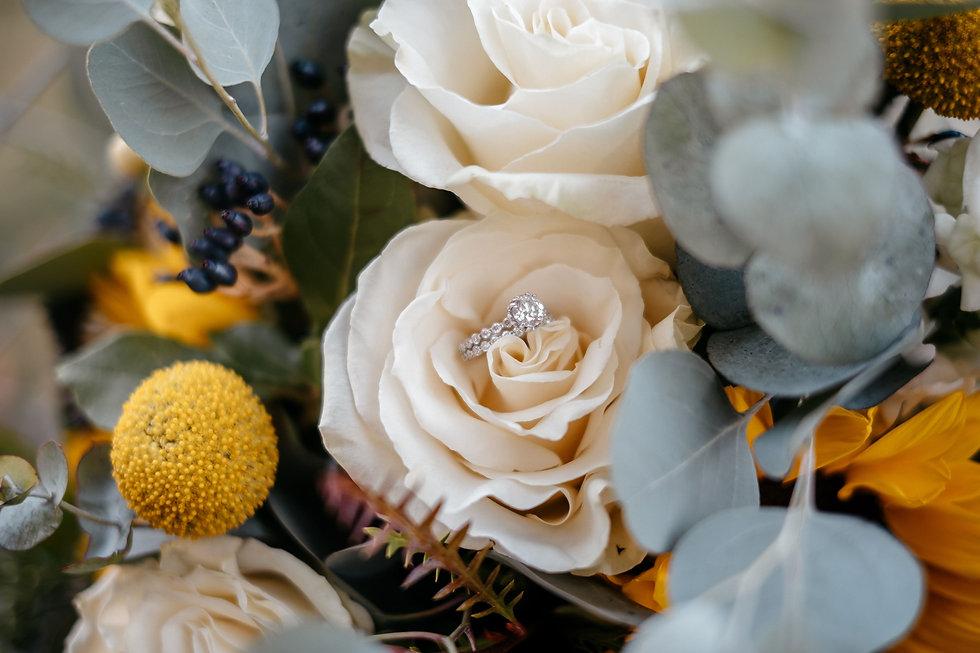 Iowa Wedding Photography Details, Bridal Photo