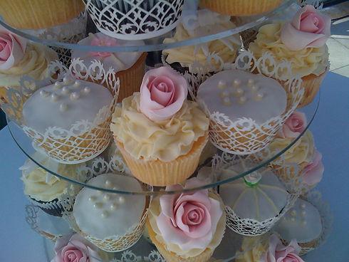 cupcakecafe-port-douglas-bakery-cupcakes