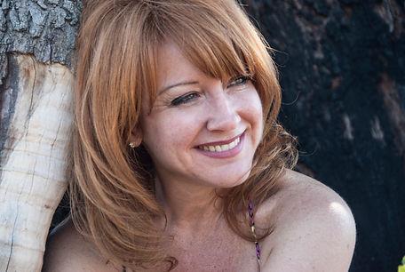 Gloria Fabuel.jpg
