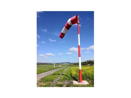 Flughafen Zürich: Windrichtungsanzeiger