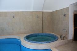 Inground Mosaic Tiled Luxury Spa