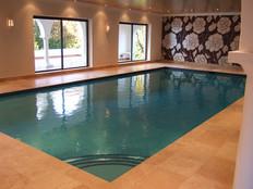 Freeboard Swimming Pool