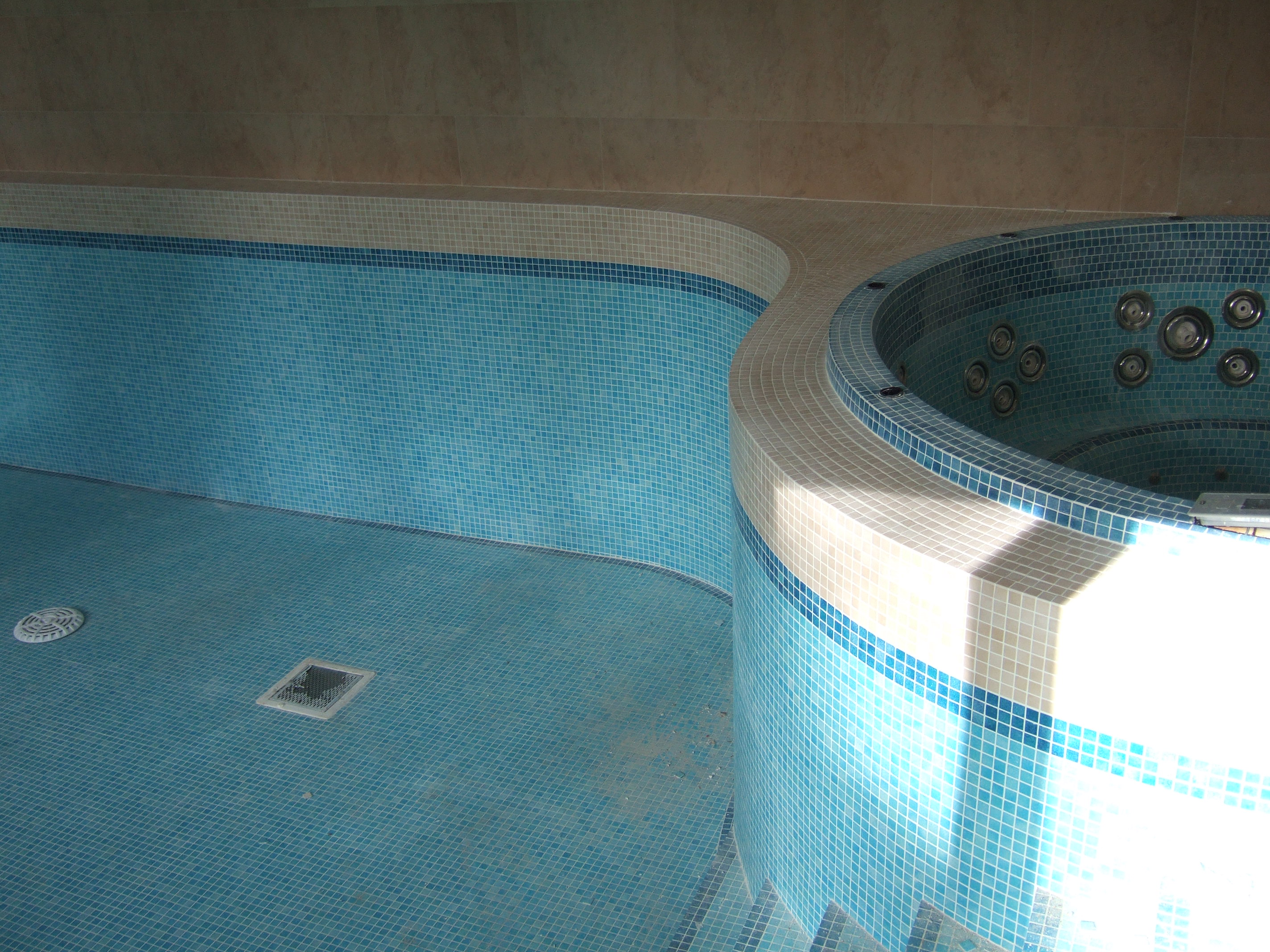 Swimming Pool Mosaic Tiling