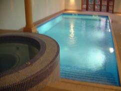 Indoor Freeboard Pool & Spa
