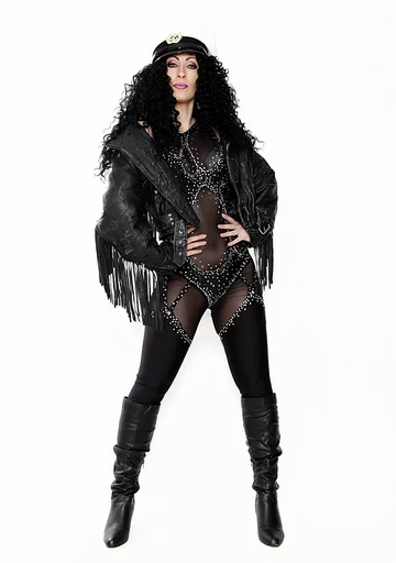 Cher Classic Look.webp