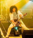 Guitarist in Pure Queen live