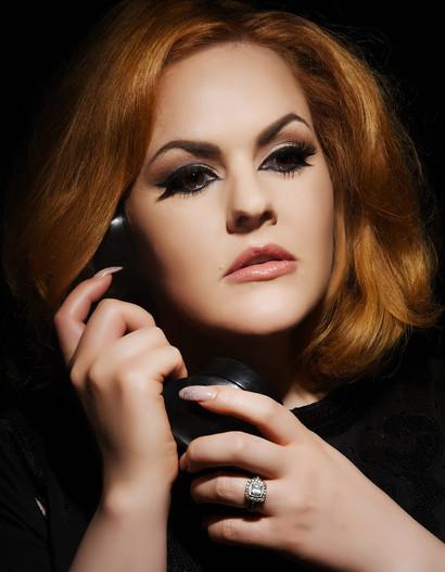 Hello-Adele-Hometown Glory