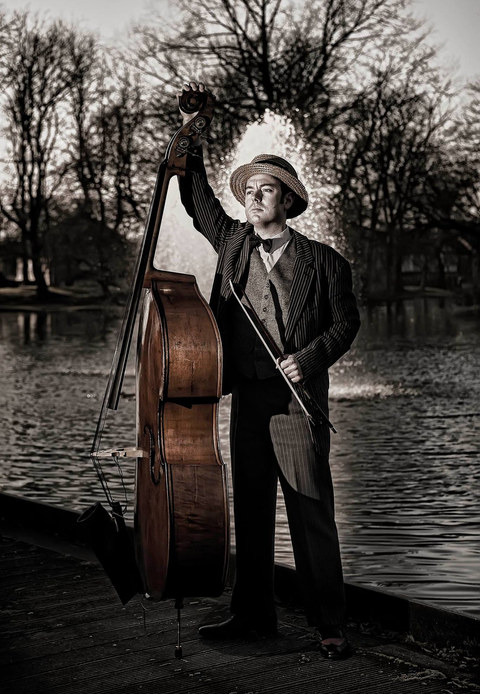Duncan Wilcox - Vocals and Double Bass