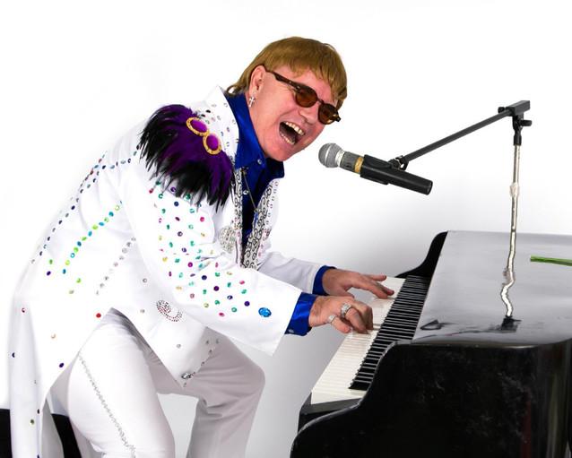 Elton-John-Tribute-Act-Absolutely-Elton-